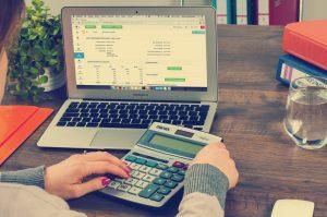 Comment simuler un portage salarial pour connaitre le montant de ses revenus ?
